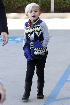KINGSTON ROSSDALE  Who is this kid?! This is awesome!