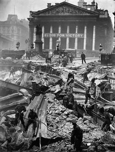 12 January Soldiers help to clear the debris of Bank Underground Station, the morning after it received a direct hit during the Blitz. Some 111 people were killed in the bombing raid by German aircraft. Picture: H F Davis/Getty Images London History, British History, World History, Uk History, Modern History, Local History, Vintage London, Old London, London City