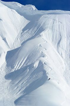Heli skiing in Alaska... I'd be in ecstasy with all those freshies :) One day...