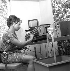 was a minicomputer, created at Elwro Polish scientist Jacek Karpiński between 16 Bit, Polish, Varnishes, Manicure, Nail Polish, Nail
