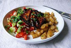 Vöröskaktusz diétázik: BBQ tofu steak sült csicsókával Tofu Steak, Bbq Tofu, Kung Pao Chicken, Ketchup, Meat, Ethnic Recipes, Food, Essen, Meals
