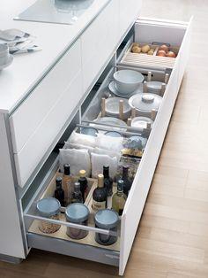 Ikea tallrikar och glas i l dor kitchens pinterest - Organisateur de tiroir ikea ...