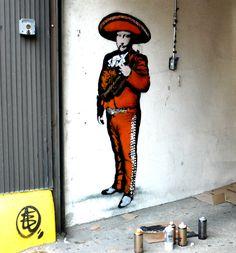 mariachi street art  Hola!