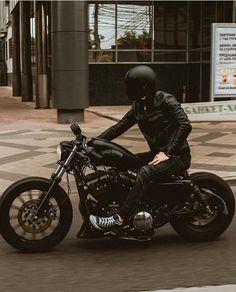 Harley Davidson News – Harley Davidson Bike Pics Harley Davidson Custom, Harley Davidson Pictures, Harley Davidson Iron 883, Classic Harley Davidson, Harley Davidson Motorcycles, Sportster Iron, Custom Sportster, Custom Harleys, Custom Bobber