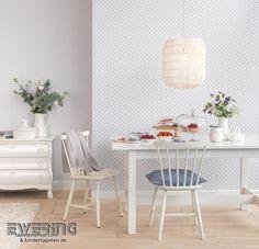 Rasch Textil Petite Fleur 3 10 Blaue Blumen und eine Verzierung in taupe wirken schick in Ihrem Esszimmer.