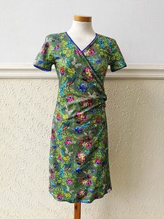 50 Sewing Projects to Use Up All Those Little Scraps of Fabric - Boastling Sewing Clothes, Diy Clothes, Clothing Patterns, Sewing Patterns, Diy Fashion, Fashion Dresses, Make Your Own Clothes, Schneider, Mode Inspiration