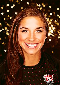Alex Morgan!!! #uswnt excuse me while I go cry myself to sleep because I can't be her. BEAUTIFUL