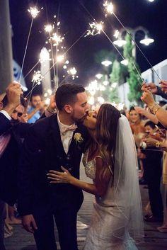 45 Incredible Night Wedding Photos That Are Must See ❤ night wedding photos 8 Night Wedding Photos, Romantic Wedding Photos, Wedding Night, Romantic Weddings, Wedding Pictures, Dream Wedding, Wedding Bride, Wedding Photoshoot, Foto Wedding