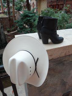 Sneak peek of tomorrow's post on Southernmaze.com. #fashion #tamranicole #southernmaze #beaMAZEing