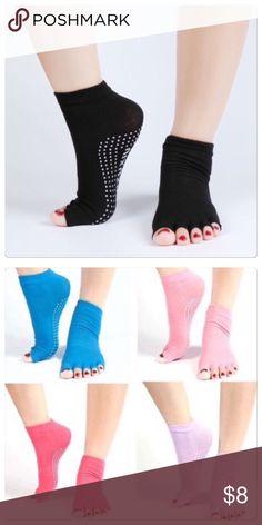 🆕 Toeless black yoga socks Toeless yoga sighs in black. One size. Brand new ⭐️bundle 2 for $15 Accessories Hosiery & Socks