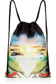 adidas Originals Gymsack Flower printed satin-twill backpack and other apparel, accessories and trends. Browse and shop 13 related looks. Tommy Clothes, Adidas Originals, Colorful Backpacks, Men Closet, White Backpack, Fashion Books, Women's Fashion, Green Bag, Flower Prints