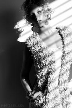 Picture and Postproduction: Timo Maczollek Model: Laura