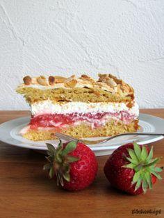 Ein Träumchen mit Rhabarber & Erdbeeren