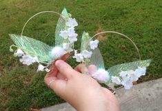 Tinkerbell Inspired Mouse Clip On Ears by MairadasTreasures on Etsy Disney Minnie Mouse Ears, Diy Disney Ears, Disney Diy, Disney Crafts, Cute Disney, Disney Trips, Disney Bows, Disney Land, Disney Ideas