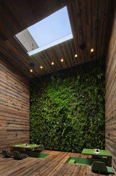 Tori-Tori Restaurant interior in Mexico City by architect Michael Rojkind and Esrawe design studio