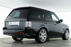 Used Land Rover Range Rover TDV8 VOGUE OVERFINCH GT Black for sale Essex PX10YNE | Saxton 4x4