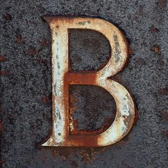 Letter B / Cimetière de Neuilly-sur-Seine (Ancien, Paris)