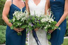 Beautiful Backyard Nantucket Wedding | http://classicbrideblog.com/2015/04/beautiful-backyard-nantucket-wedding.html/ | Image by Katie Kaizer