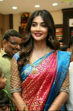Latest saree blouse neck designs for 2018 - ArtsyCraftsyDad - Latest saree blouse neck designs for 2018 – ArtsyCraftsyDad - Cutwork Blouse Designs, Wedding Saree Blouse Designs, Pattu Saree Blouse Designs, Fancy Blouse Designs, Blouse Neck Patterns, Sari Design, Cut Work Blouse, Stylish Blouse Design, Trendy Sarees