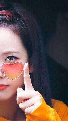 Kpop Girl Groups, Korean Girl Groups, Kpop Girls, Chill Hip Hop, Yg Entertainment, K Pop, Blackpink Memes, Black Pink Kpop, Blackpink Photos