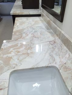 A Bar Top Done In Dolce Vita Quartzite Cayucos