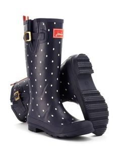 Joules Womens Rain Boot, Navy Spot.                     From striking stripes and detailed florals to scenes that sing of our country heritage. No matter where you are from farmyards to festivals, our new printed rain boots will make sure you stand out from the crowd.
