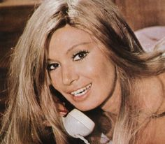 a critical analysis of the movie phaedra directed by jules dassin Phaedra (greek: φαίδρα) was a 1962 motion picture directed by jules dassin as a vehicle for his partner (and future wife) melina mercouri, after her worldwide hit never on sunday the film was the fourth collaboration between dassin and mercouri, who took the title role greek writer margarita .