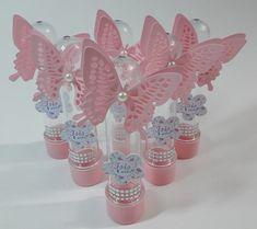 Personalized favor for girl's communion, jar with stopper and felt and fabric butterfly, assorted colors in pink and white and beige shades Butterfly Baby Shower, Butterfly Party, Butterfly Birthday, Butterfly Crafts, Fabric Butterfly, 1st Birthday Party For Girls, Girl Birthday Decorations, Girl Baby Shower Decorations, Birthday Party Themes