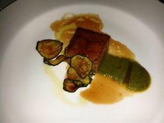Agnello in crosta di mandorle, crema di zucchine alla scapece e salsa di menta di Sebastiano Lombardi.