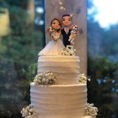 Thank you Margaret for sending this photo! Wedding Cake Guide, Wedding Cupcakes, Wedding Cake Toppers, Wedding Ideas, Cake Trends, Clay Design, Wedding Keepsakes, Cake Table, Dream Wedding