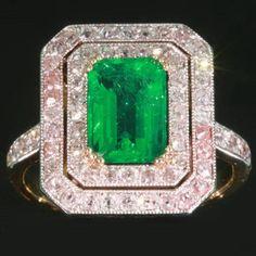 Art Deco Colombian emerald engagement ring diamond