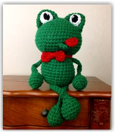 Crochet Frog Pattern « The Yarn Box The Yarn Box. This is just too cute for words.