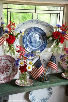 Celebrate the Red, White and Blue: Stars and Stripes Ball Jars Bouquets, Transferware and American Flags July 4th Holiday, Fourth Of July Decor, 4th Of July Decorations, 4th Of July Party, Holiday Fun, Holiday Ideas, Americana Decorations, Holiday Crafts, Table Decorations
