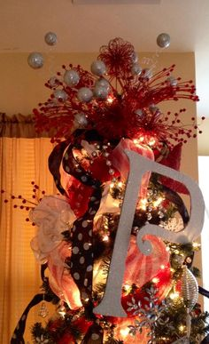 "My Bedroom Christmas Tree.  Family Pictures on Tree.  Red & Silver Tree Topper.  Monogram ""P"""