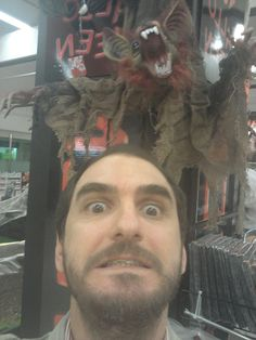 Nuestro Jefe (ARL) Con Algún Invitado A Nuestra Fiesta Halloween 2012