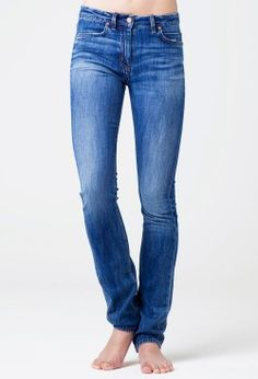 The BOSTON MiH jeans - if only I were this skinny.....
