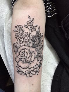 Roses, and forget me note. Tattoo by Jennifer lawes. Instagram; @jenniferlawes