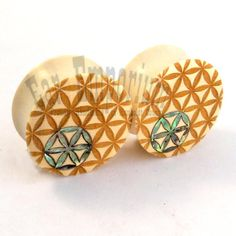 """Sacred Geometry Abalone Inlay on Holly Wooden Plugs 9/16"""" 14mm 5/8"""" 16 mm 17.5mm 19mm 20.5mm 22mm 25.5mm 28mm Wood Ear Gauges Flower of Life"""