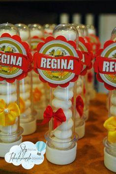 """A decoração do Boteco da Regina , é da Sky Festas . O que mais gostei foi da """"reprodução"""", do ambiente como o de um balcão de bar, mas ..."""