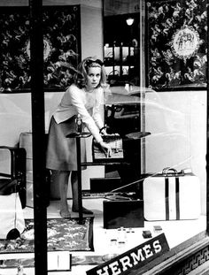 Icône-sur-Icône. Catherine Deneuve chez Hermès.