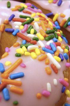Food glazed donut iphone wallpaper