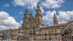 Santiago de Compostela centro de peregrinación mundial y ciudad Patrimonio de la Humanidad.  #santiagodecompostela #galicia #galicia_mola #galiciamola #spain #España #sitiosdeespana #sitiosdeespaña #sitiazodeespaña #caminodesantiago  http://bit.ly/2qtTdRk (en Santiago de Compostela Spain)