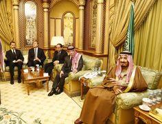 Don Felipe, junto al Rey Wilhelm-Alexander de los Países Bajos, el Presidente de Egipto, Abdelfatah Al-Sisi, y el Rey Abdullah de Jordania, con el Rey Salman Recinto de Al-Yamamah. Riad (Arabia Saudí), 24.01.2015