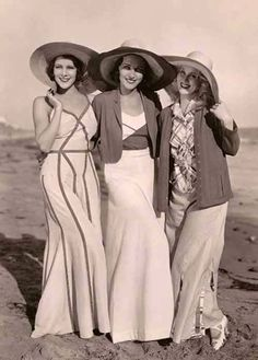 Film stars became in the 1930's even more the publicity department of Fashion. Here Frances Dee, Adrienne Ames and Judith Wood in cruise wear at a beach. They were all three under contract of Paramount.
