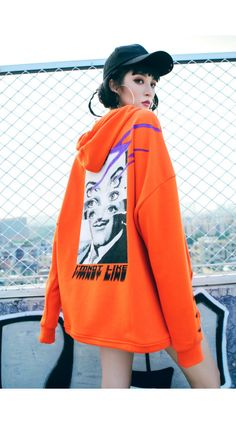 Black Street Style oversize Hoodies with Printing Garment design Fall Fashion Trends, Autumn Fashion, Edgy Outfits, Fashion Outfits, Fashion 2018, Oversized Hoodie Outfit, Moda Ulzzang, Outfit Trends, Hoodie Dress