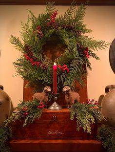 Old Time Christmas, Cabin Christmas, Christmas Fireplace, Antique Christmas, Simple Christmas, Christmas Wreaths, Natural Christmas, Primitive Christmas Decorating, Primitive Country Christmas
