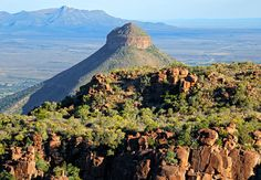 Valley Of Desolation in Graaff Reinet, Eastern Cape. The Valley of Desolation is a geological phenomenon; Best Hotel Deals, Best Hotels, Tsitsikamma National Park, Villa Marina, Africa Online, Cape Town Hotels, V&a Waterfront, Prince Edward Island, National Parks