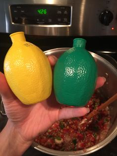 Easy No Peel Salsa For Canning – Blonde Bitchin' West Texas Kitchen Canning Homemade Salsa, Salsa Canning Recipes, Canning Salsa, Cherry Tomato Salsa, Tomato Salsa Recipe, Cherry Tomatoes, Christmas Snack Mix, Canned Juice, Canning Vegetables