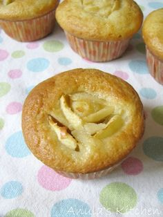 Anula's Kitchen: Skinny cupcakes by Hairy Bikers, ugh, Dieters ; Unkempt curly hair could Slimming Recipes, Skinny Recipes, Diet Recipes, Cake Recipes, Cooking Recipes, Healthy Recipes, Low Carb Pumpkin Pie, Pumpkin Pie Recipes, Hairy Dieters