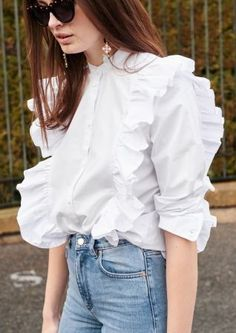 & Other Stories - Create your own fashion story - Online shop - NL Casual Outfits, Cute Outfits, Fashion Outfits, Womens Fashion, Fashion Tips, Fashion Ideas, Mode Streetwear, Blouse Outfit, Fashion Story